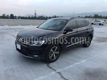 Volkswagen Tiguan Comfortline 7 Asientos Tela usado (2019) color Negro Profundo precio $405,000