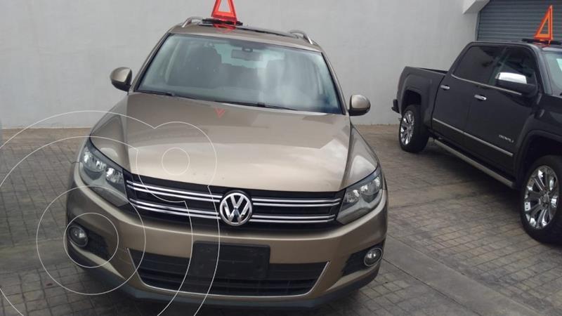 Foto Volkswagen Tiguan Track & Fun usado (2015) color Dorado precio $245,000