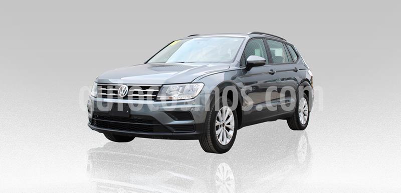 Volkswagen Tiguan Trendline usado (2018) color Gris precio $287,000