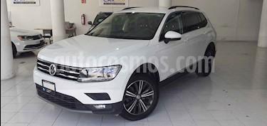 Volkswagen Tiguan Comfortline 5 Asientos Piel usado (2019) color Blanco precio $374,900