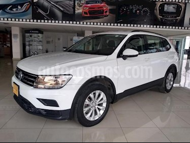 Volkswagen Tiguan 5P TRENDLINE PLUS 1.4T DSG RA-17 usado (2018) color Blanco precio $355,000