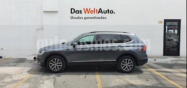 Volkswagen Tiguan Comfortline usado (2018) color Gris precio $415,000