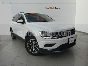 Volkswagen Tiguan Comfortline 7 Asientos Tela usado (2018) color Blanco precio $369,000