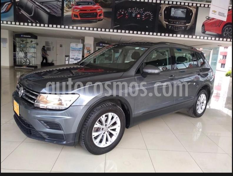 Volkswagen Tiguan Trendline usado (2018) color Gris precio $299,000