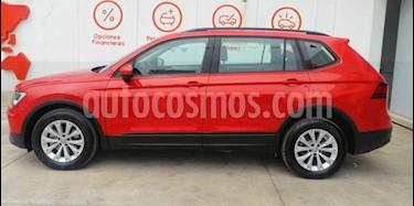 Foto Volkswagen Tiguan Trendline usado (2018) color Naranja precio $356,990