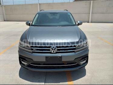 Volkswagen Tiguan 5p R-Line usado (2020) color Gris precio $523,000