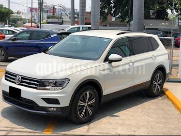 Volkswagen Tiguan Comfortline 5 Asientos Piel usado (2019) color Blanco precio $4,350,000