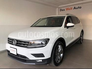 Foto Volkswagen Tiguan Highline usado (2019) color Blanco precio $515,000