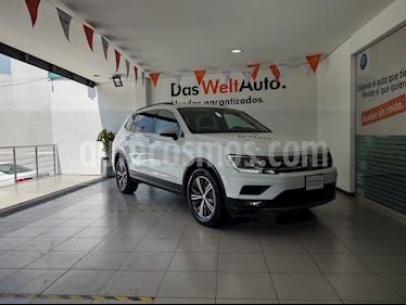 Volkswagen Tiguan Comfortline 7 Asientos Tela usado (2019) color Blanco precio $449,000
