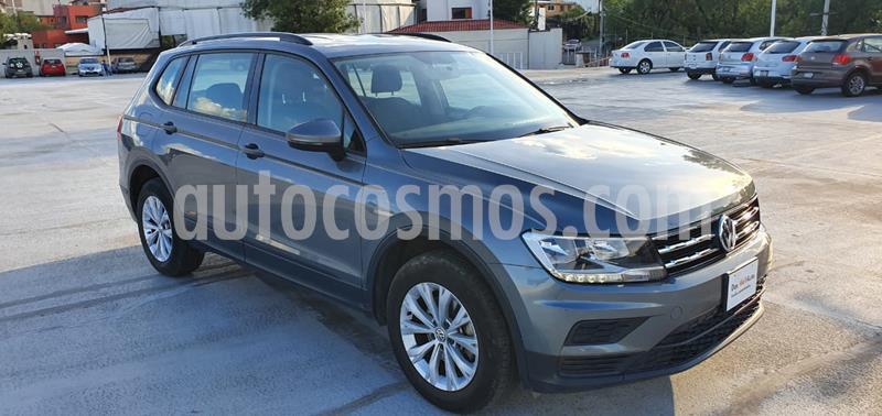 Volkswagen Tiguan Trendline Plus usado (2019) color Gris Platino precio $365,001