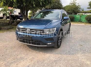 Volkswagen Tiguan Comfortline 5 Asientos Piel usado (2018) color Azul precio $404,900