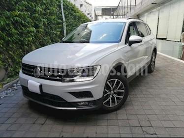 Volkswagen Tiguan 5P COMFORTLINE 1.4T DSG CAMARA REVERSA F. NIEBLA  usado (2018) color Plata precio $370,000
