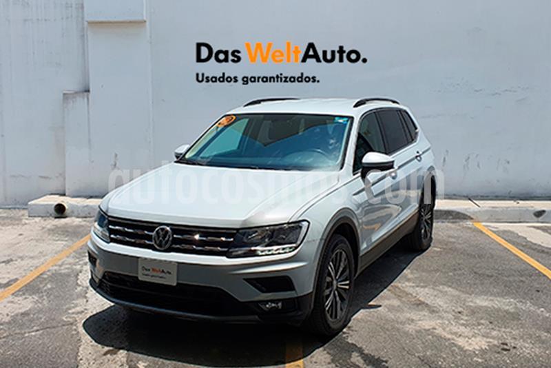 Volkswagen Tiguan Comfortline 5 Asientos Piel usado (2019) color Plata precio $420,000