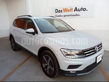 Volkswagen Tiguan Comfortline 7 Asientos Tela usado (2019) color Blanco precio $422,000