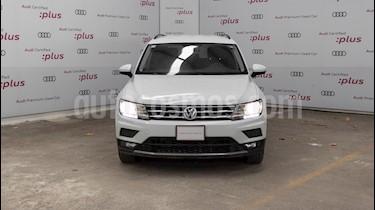 Volkswagen Tiguan Comfortline usado (2018) color Blanco precio $390,000