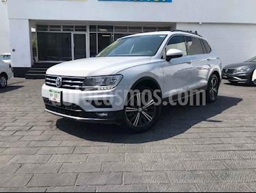 Volkswagen Tiguan 5p Confortline L4/1.4/T Aut Piel usado (2019) color Plata precio $339,900
