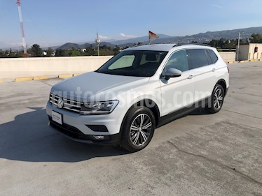 Volkswagen Tiguan Comfortline 5 Asientos Piel usado (2019) color Blanco precio $415,000