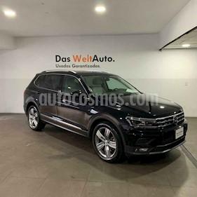 Volkswagen Tiguan 5p Highline L4/2.0/T Aut usado (2019) color Negro precio $531,000