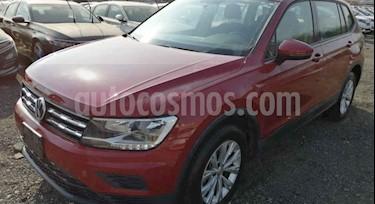 Volkswagen Tiguan Comfortline 7 Asientos Tela usado (2018) color Rojo Rubi precio $399,000