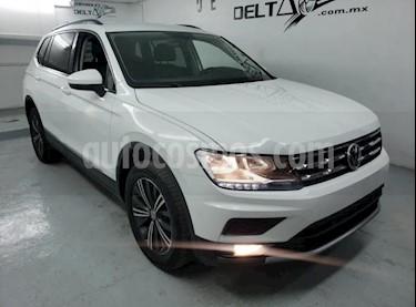 Volkswagen Tiguan Comfortline usado (2019) color Blanco precio $385,900