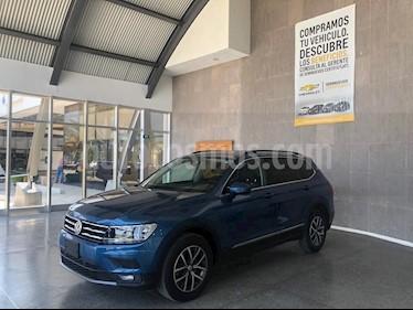 Volkswagen Tiguan Comfortline usado (2018) color Azul precio $395,000