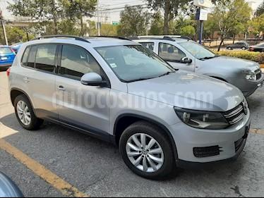 Volkswagen Tiguan Sport & Style 2.0 usado (2015) color Plata precio $240,000