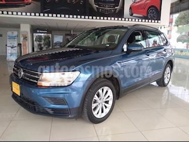 Volkswagen Tiguan 5P TRENDLINE PLUS 1.4T DSG RA-17 usado (2018) color Azul precio $335,000