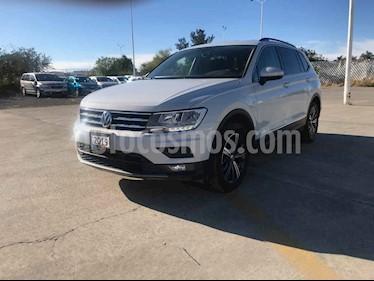 Volkswagen Tiguan Comfortline 5 Asientos Piel usado (2019) color Plata precio $369,900