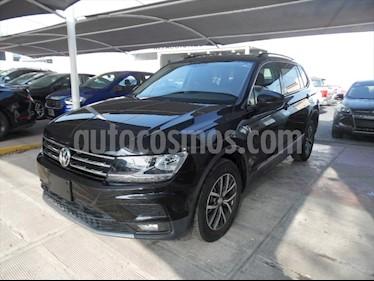 Volkswagen Tiguan Comfortline 5 Asientos Piel usado (2018) color Negro precio $409,900