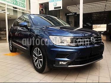 Volkswagen Tiguan 5p Confortline L4/1.4/T Aut 7 Pas usado (2018) color Azul precio $355,000