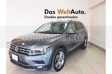 Volkswagen Tiguan 5p Highline L4/2.0/T Aut usado (2019) color Gris precio $499,162