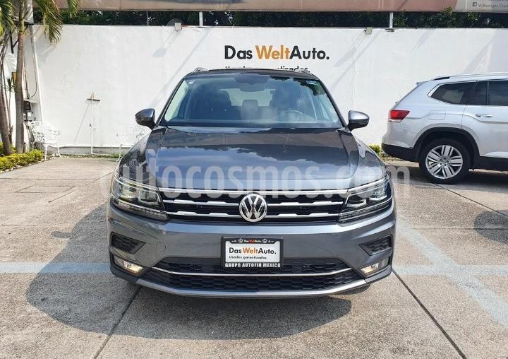 Volkswagen Tiguan Highline usado (2020) color Gris Platino precio $620,000