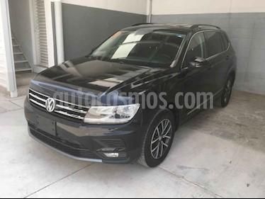 Volkswagen Tiguan 5 pts. Comfortline Piel usado (2018) color Negro precio $370,000