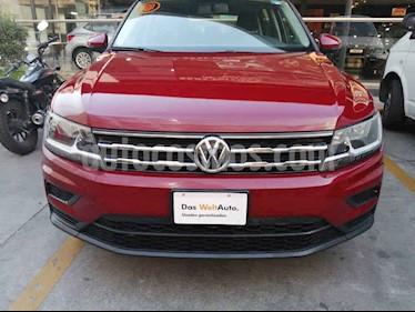 Volkswagen Tiguan 5 pts. Trendline Plus usado (2018) color Rojo precio $365,000