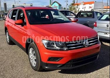 Volkswagen Tiguan Trendline Plus usado (2018) color Naranja precio $330,000