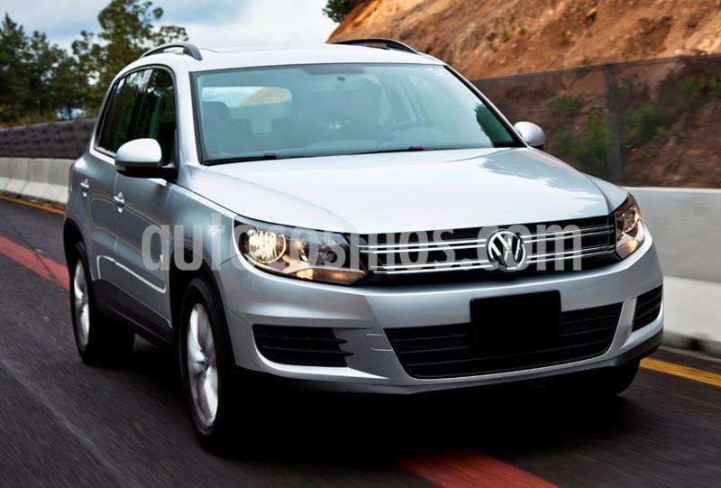 Volkswagen Tiguan Sport & Style 2.0 usado (2016) color Plata precio $255,000