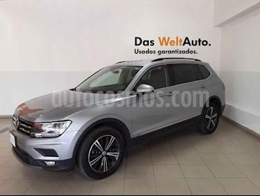 Volkswagen Tiguan 5p Confortline L4/1.4/T Aut Piel usado (2019) color Plata precio $409,995