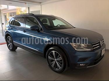 foto Volkswagen Tiguan Comfortline 7 Asientos Tela usado (2019) color Azul precio $415,000