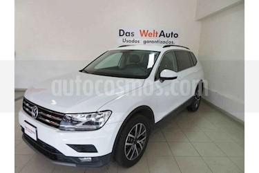 Foto Volkswagen Tiguan Comfortline 5 Asientos Piel usado (2018) color Blanco precio $356,801