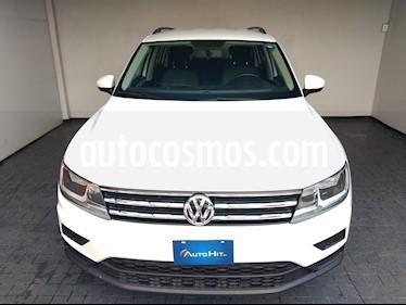 foto Volkswagen Tiguan Trendline Plus usado (2018) color Blanco precio $343,000