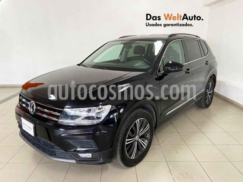 Foto Volkswagen Tiguan Comfortline 7 Asientos Tela usado (2019) color Negro precio $399,661