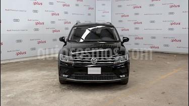 Volkswagen Tiguan Comfortline 5 Asientos Piel usado (2018) color Negro precio $400,000