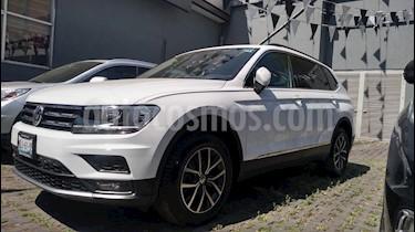 Volkswagen Tiguan Comfortline 5 Asientos Piel usado (2018) color Blanco precio $365,000