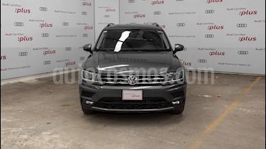 Volkswagen Tiguan Comfortline usado (2018) color Gris precio $390,000