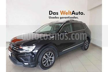 Volkswagen Tiguan Comfortline 5 Asientos Piel usado (2018) color Negro precio $351,801