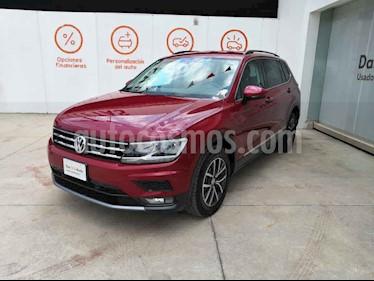 Volkswagen Tiguan 5p Confortline L4/1.4/T Aut 7 Pas usado (2018) color Rojo precio $408,000