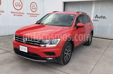 Volkswagen Tiguan Comfortline 5 Asientos Piel usado (2018) color Naranja precio $402,990
