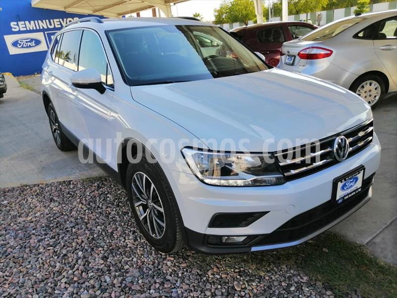 Volkswagen Tiguan Comfortline 7 Asientos Tela usado (2018) color Plata precio $350,000