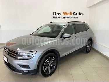 Volkswagen Tiguan 5p Confortline L4/1.4/T Aut Piel usado (2019) color Plata precio $397,734