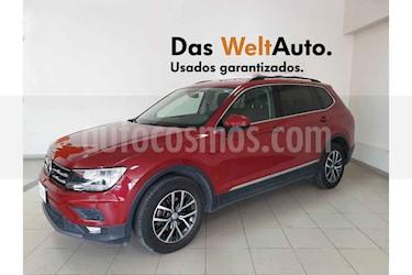 Foto Volkswagen Tiguan Comfortline 5 Asientos Piel usado (2018) color Rojo precio $356,801